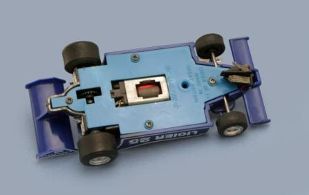 C137 light blue underpan
