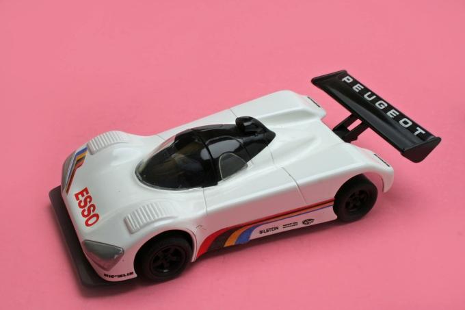 Peugeot 905 HM
