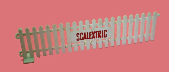 A225 red Scalextric logo