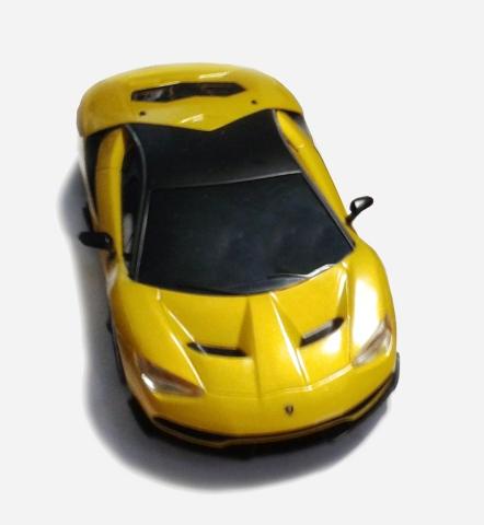 C1386F Lamborghini Centenario Gold