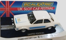 C4011 Ford Escort UKSF 2018 in box 2