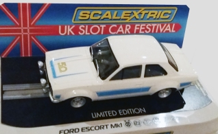 C4011 Ford Escort UKSF 2018 in box 2