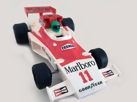 C0127 T1 L1 McLaren M23 Marlboro No11